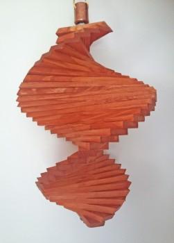 Windspiel aus Holz - Windspirale - Holzspirale, Länge 35 cm - Lasiert, Farbton Teak