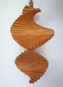 Windspiel aus Holz - Windspirale - Holzspirale, Länge 45 cm - Lasiert, Farbton Eiche