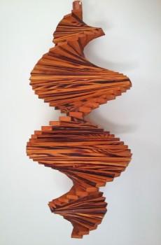 Windspiel aus Holz - Windspirale - Holzspirale, Länge 55 cm - Geflammt und Lasiert