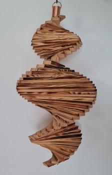 Windspiel aus Holz - Windspirale - Holzspirale, Länge 45 cm - Geflammt und lasiert