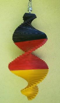 Windspiel aus Holz - Windspirale - Holzspirale, Länge 55 cm - Deutsche Nationalfarben, Deutsche Fahne